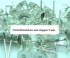 Oorbellen stekers  met stoppers 10 voor € 0,55 ( 5 mm doorsnee )