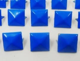 Studs BLAUW 12 x 12 mm 10 voor 1,50