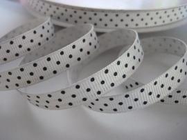 Wit met zwarte stippen 10 mm  90 cm. € 0,60