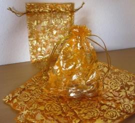 Oranje met gouden roosjes