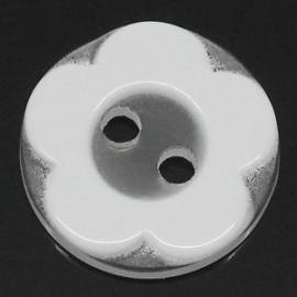 Wit bloemetje 12 mm per stuk € 0,12