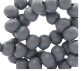 Steen grijs. 6 mm. 100 voor €1,50