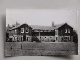 """Nijverdal, Jeugdherberg """" Doevenbree """" (1963)"""