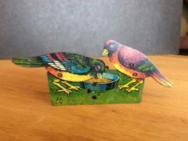 Pikkende vogeltjes, made in Germany