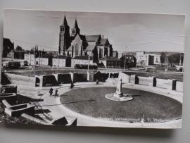 Arnhem, Verkeerscircuit met St Walburgskerk