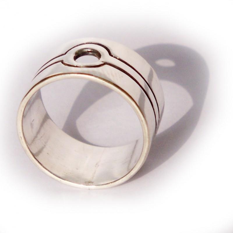 1 hole ring