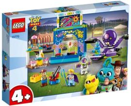 Lego 10770 Kermismania van Buzz en Woody - Toy Story