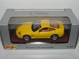 Ferrari 550 Maranello (geel) - MAISTO 1:43