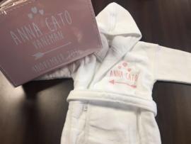 Giftset geboortekoffertje + badjasje