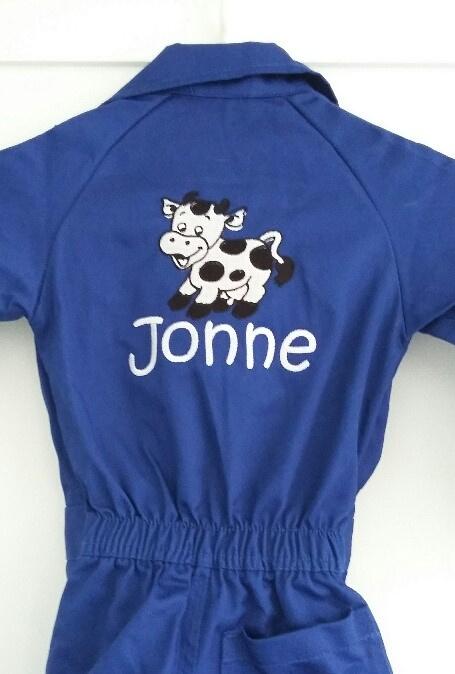 Kinderoverall 'koe' kan met naam geborduurd
