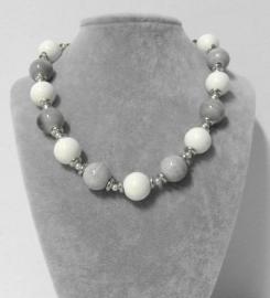 Halsketting art. 316335 - wit/grijs/zilverkleur