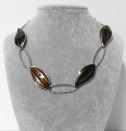 Halsketting art. 312729  - zilverkleur/bruin