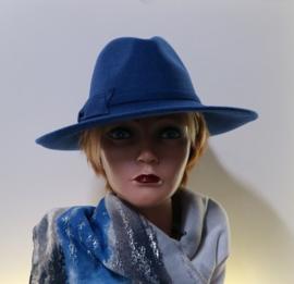 Anytra dameshoed art. 16816 - kobaltblauw