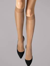 Wolford kniekous Satin Touch 20 art. 31206 - caramel