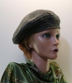 Damesbaret Eva 15 - legergroen