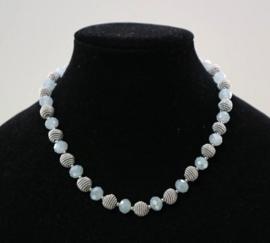 Halsketting art. 9750  -  lichtblauw/zilverkleur