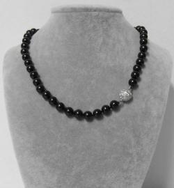 Parelketting met magneetsluiting art. 9100135420 - zwart/zilverkleur