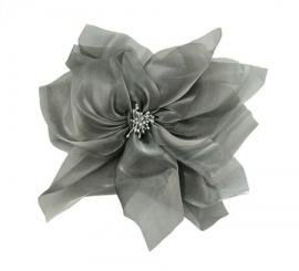 Organza roos voor in het haar of op revers - grijs