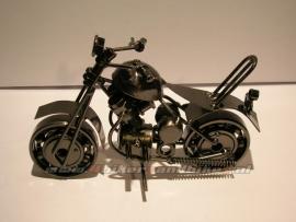 Metal Model Custom B