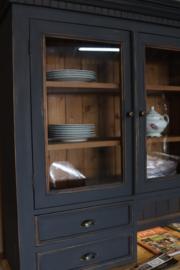 Buffetkast vintage industrieel black met verlichting