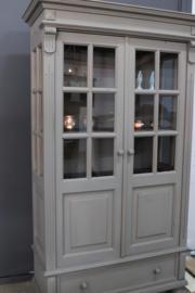 vitrinekast vintage taupe