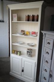 boekenkast old white