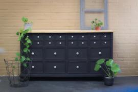 Dressoir botanisch black