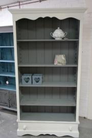 boekenkast old white grijs