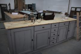 Dressoir / keukenkast uniek groot landelijk grijs