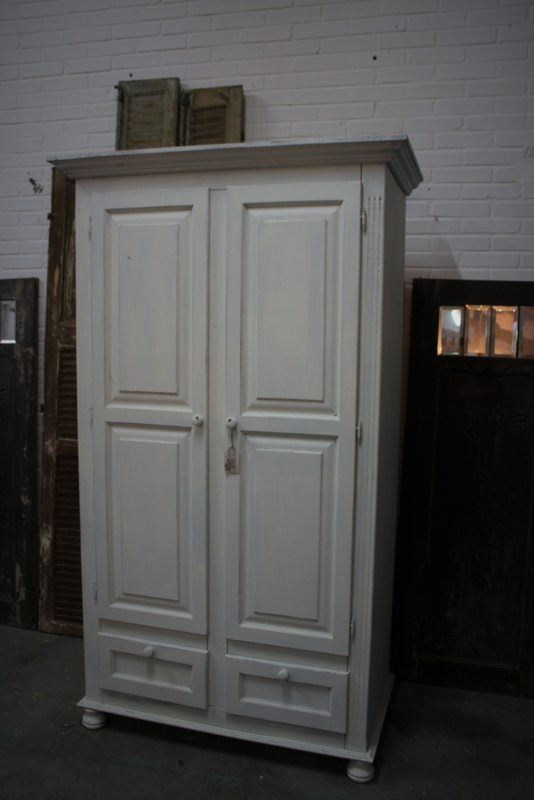 Witte Brocante Linnenkast.Kledingkast Wit Brocante Verkocht Voorbeelden Antje