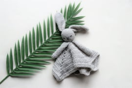 Babyknuffel met naam blauw grijs