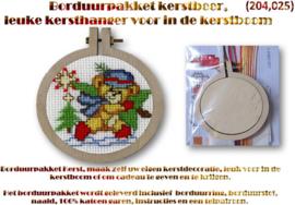 Borduurpakket, leuke kersthanger (kerstbeertje) voor in de kerstboom