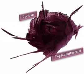 Veren corsage cyclaam