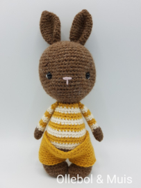 Crocheted rabbit mustard trousers