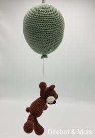 Music box hot air balloon with little bear