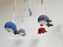 Losse walvisjes voor muziekmobiel