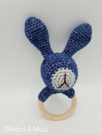 Rammelaar / bijtring konijn navy blue