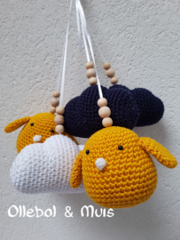 crochet birds and clouds for music mobile