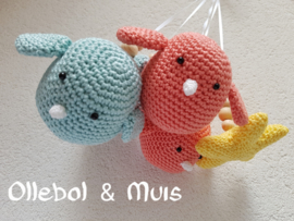 crochet birds and stars for music mobile
