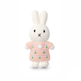 Miffy and het blue tulip dress