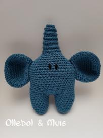 Rattle elephant