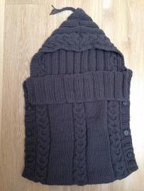 Handknitted sleeping bag / bunting bag
