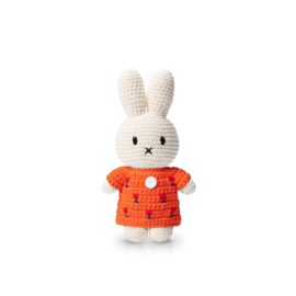 Miffy and het red tulip dress