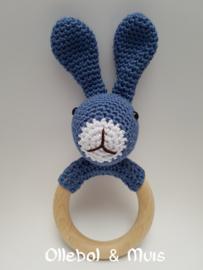 Rammelaar / bijtring konijn blauw