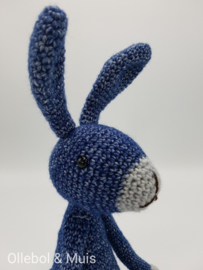 Rabbit / bunny navy blue