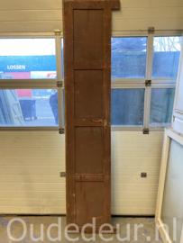 nr. 1296 enkele smalle hoge antieke deur