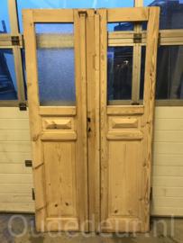 nr. set692 set oude kale deuren smal en breed
