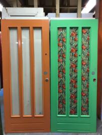 nr. v119 serie gelijke voordeuren met ruiten