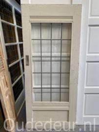 nr. GL483 oude glas in lood deur