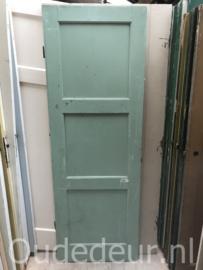 nr. 4248 oude deur met drie vakken